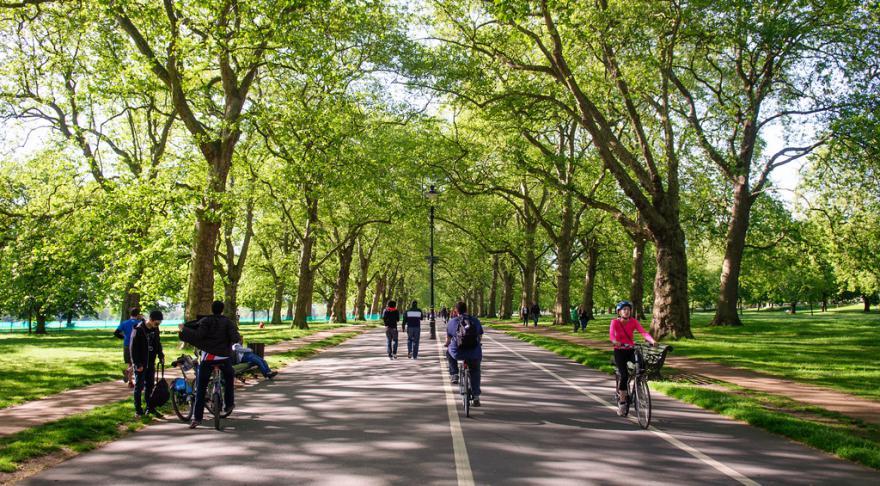 hyde park cycling.jpg