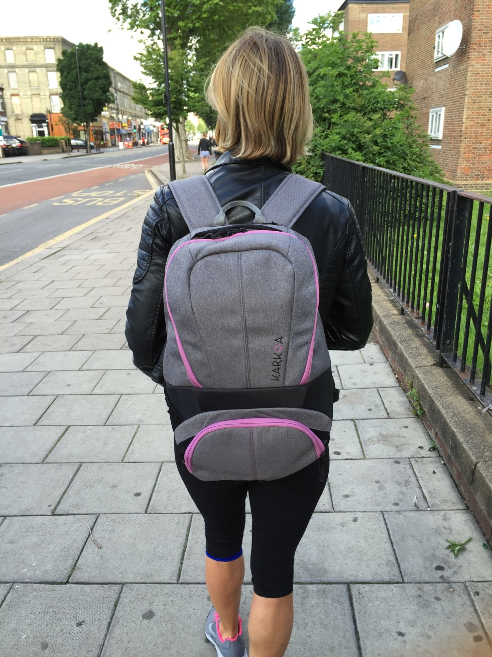 sports bag KARKOA walking.jpg