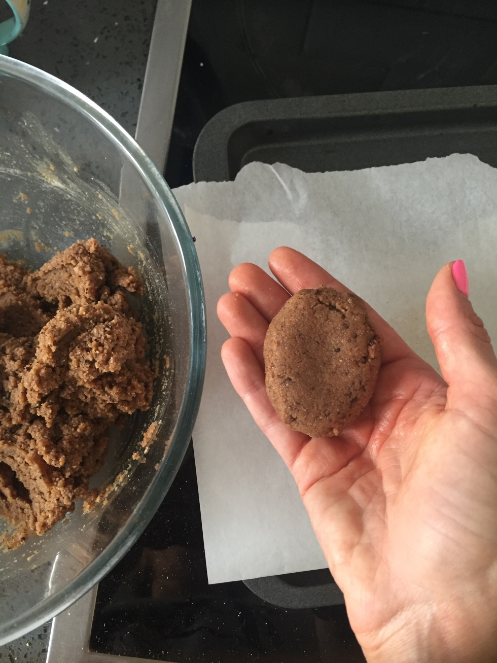 Wheyhey Protein ice cream cookie dough.jpg